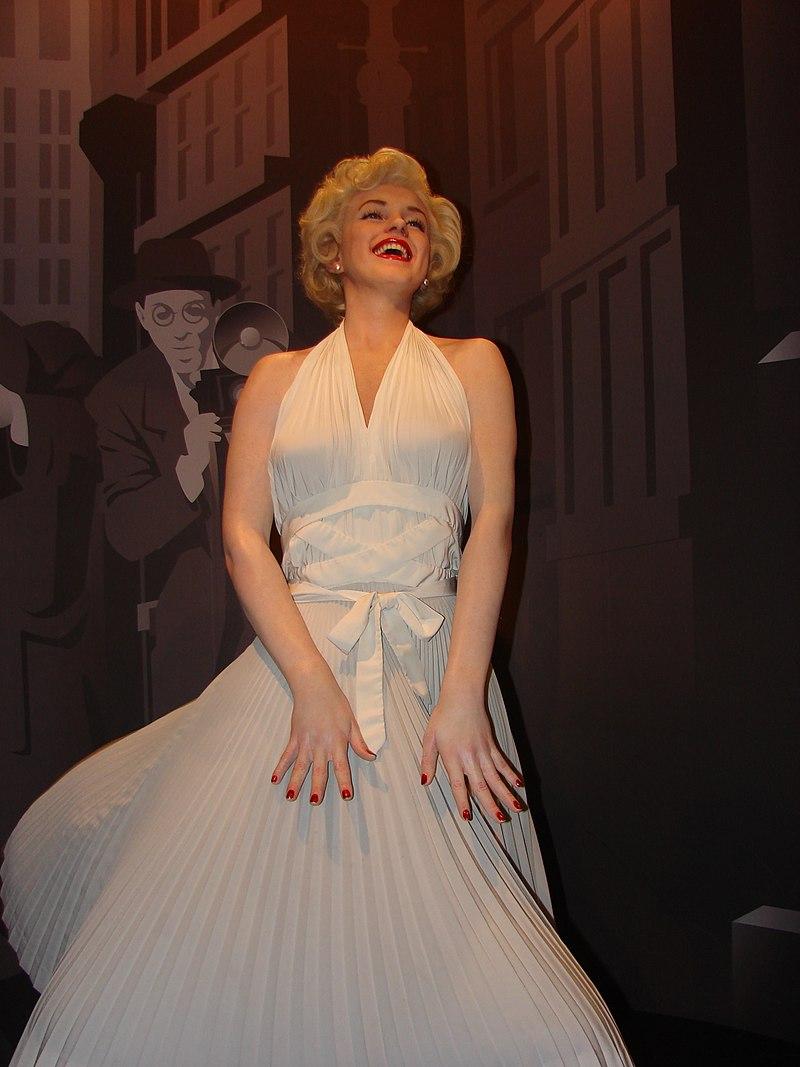 старую музей восковых фигур мадам тюссо в лондоне фото почему-то часто